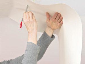 132 300x225 - آموزش جامع و قدم به قدم نصب کاغذ دیواری