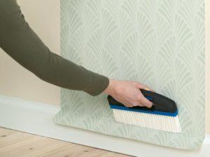 15 300x225 - آموزش جامع و قدم به قدم نصب کاغذ دیواری